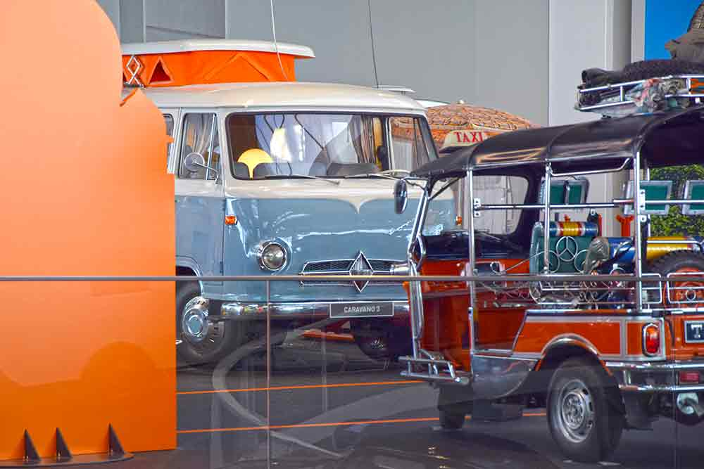 Caravano 3 und motorisierte Rikscha