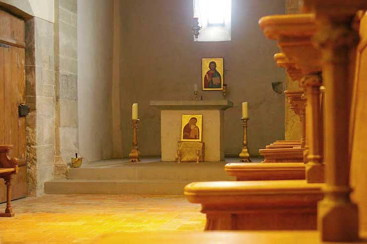 Kapelle mit Ikonen