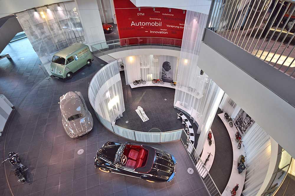 Atrium des mueseum mobile