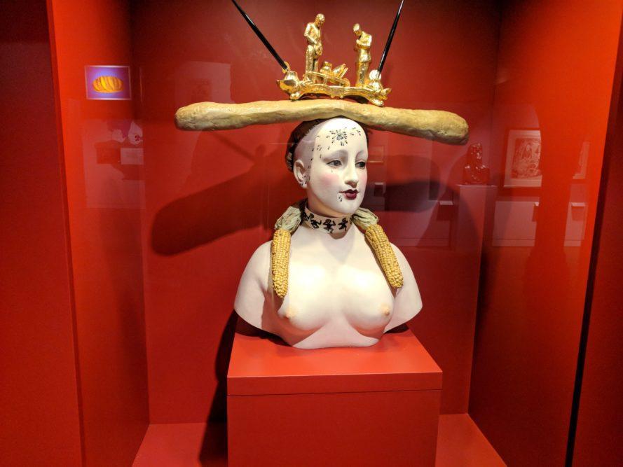 Salvador Dali: Frauenbüste im Museum für Brotkultur, Ulm