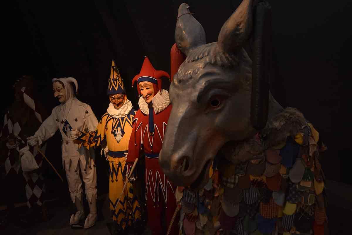 Narren und Esel
