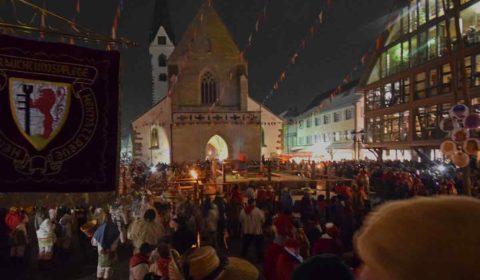 Fasnet Bad Saulgau Marktplatz am Schmotzigen Donnerstag