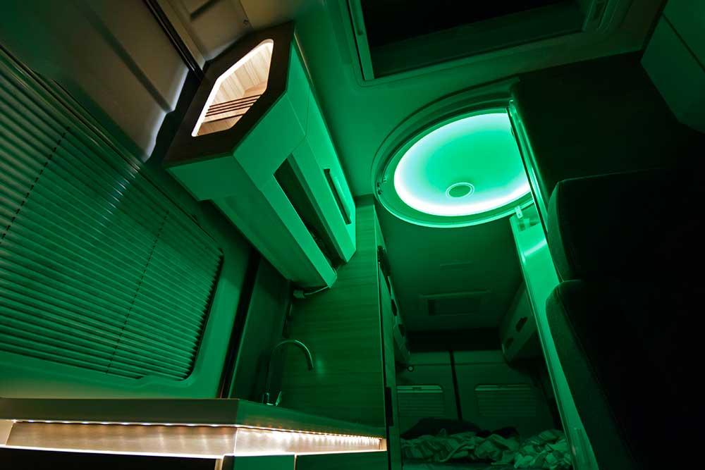 grüne Interieur-Beleuchtung im Knaus Boxdrive
