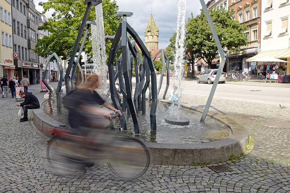 Schadbrunnen mit Grüner Turm in Ravensburg