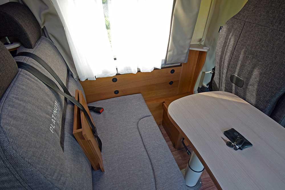 Sitzecke im Knaus Van I 650 MEG Platinum Selection