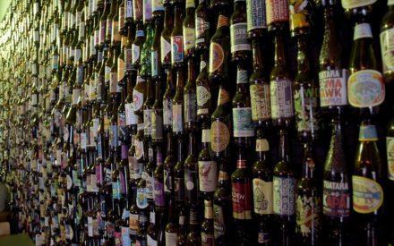 Flaschenwand bei KOmmprobier Langenargen